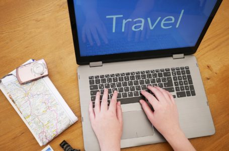 Why you should start online travel business – Tips to start an online business